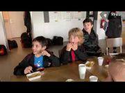 Felicitatie voor Gijs door oud-Wasmeerder Davy Klaassen