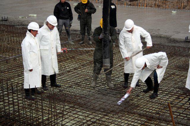 feestelijke-eerste-betonstorting-nieuwbouw-wasmeer-26-4-2016-69